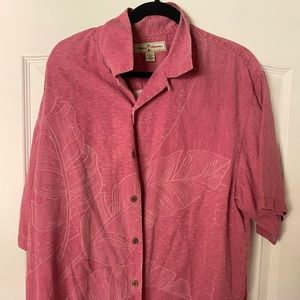 Pink Tommy Bahama button up short sleeve